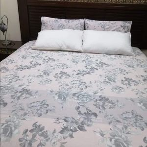 Double size excellent quality bedsheets
